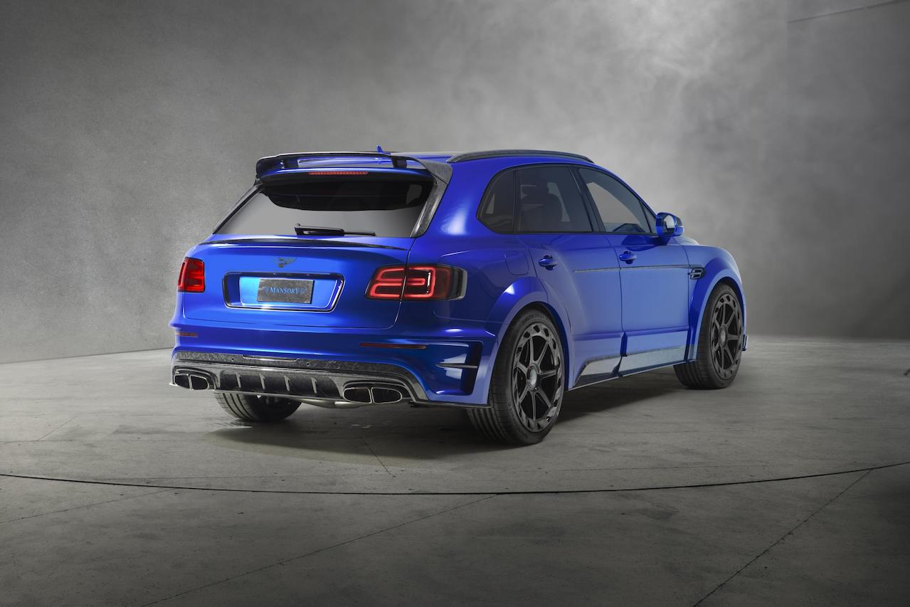 mansory bentley bentayga wide body rear angle bleurion carbon fiber rear diffuser trunk wing spoiler roof wing spoiler side skirt set over fender exhaust system tip m8 wheel rim 2016 2017 2018