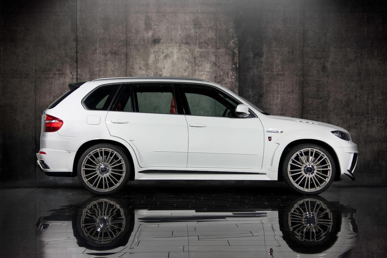 mansory bmw x5 white wide body side skirt over fender carbon fiber m10 wheel rim 2009 2010 2011 2012 2013