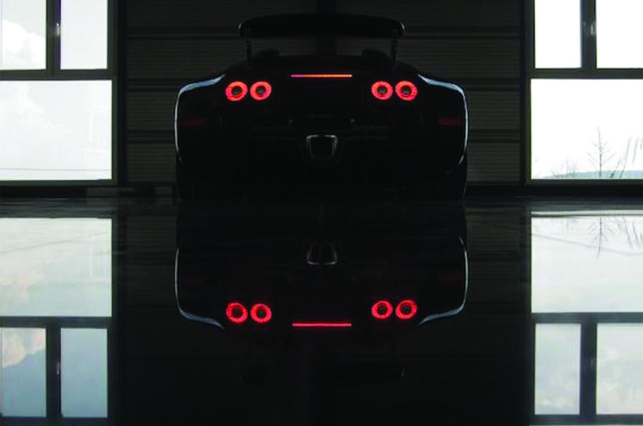 mansory bugatti veyron linea vincero tail lamp