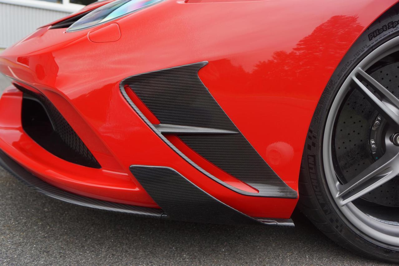 mansory ferrari 458 speciale carbon fiber front bumper lip spoiler side air vents
