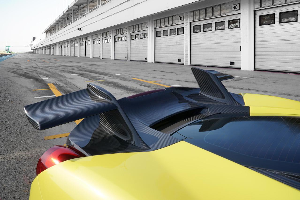 mansory ferrari 488 siracusa 4xx body kit yellow carbon fiber spoiler wing
