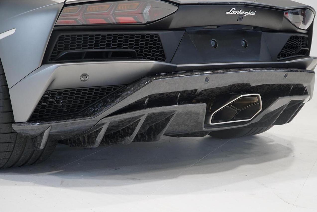 mansory lamborghini aventador s carbon fiber rear bumper diffuser exhaust system