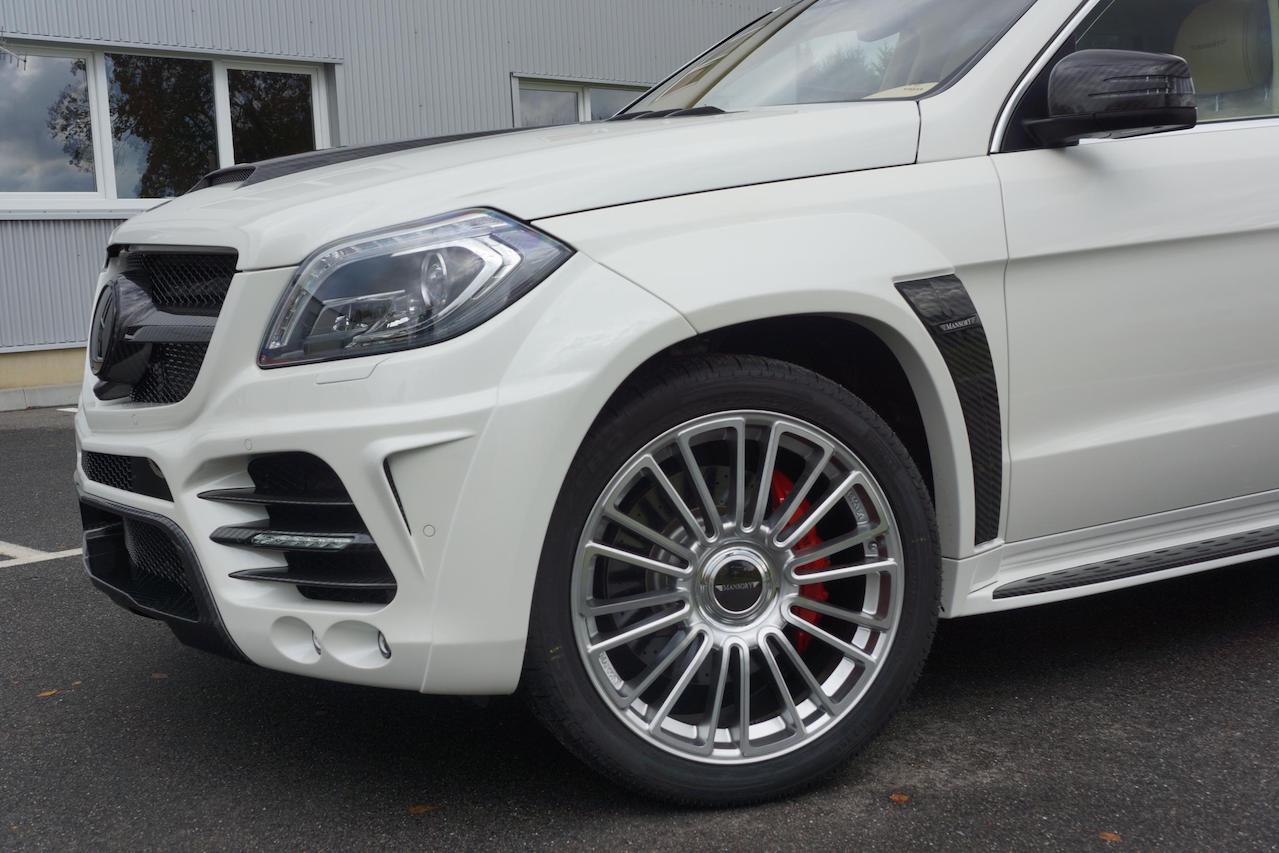 mansory mercedes benz gl wide body carbon fiber over fender m10 wheel rim