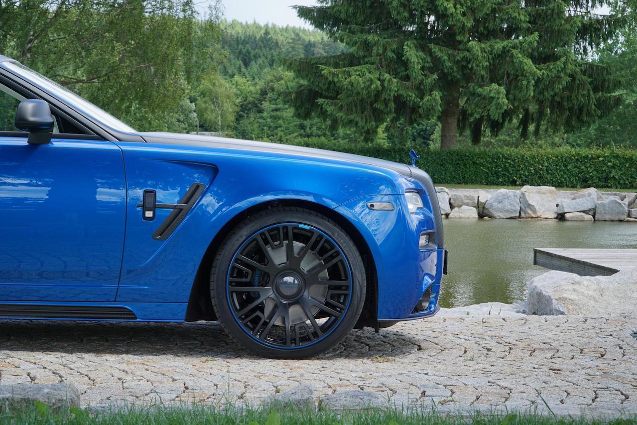 mansory rolls royce ghost series II carbon fiber body kit side skirt fender v6 wheel set