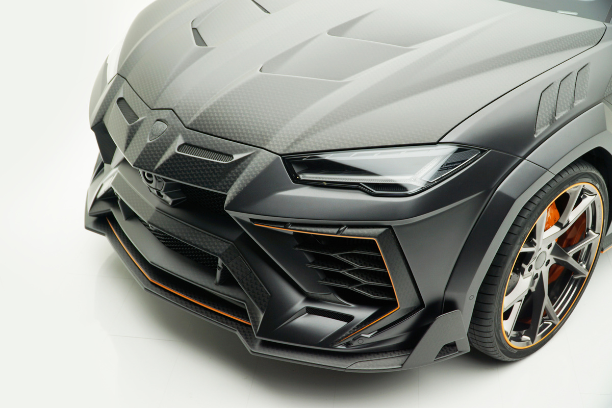 mansory lamborghini urus venatus carbon fiber wide body kit front bumper fender hood over fender yn.5 forged wheel rim angle