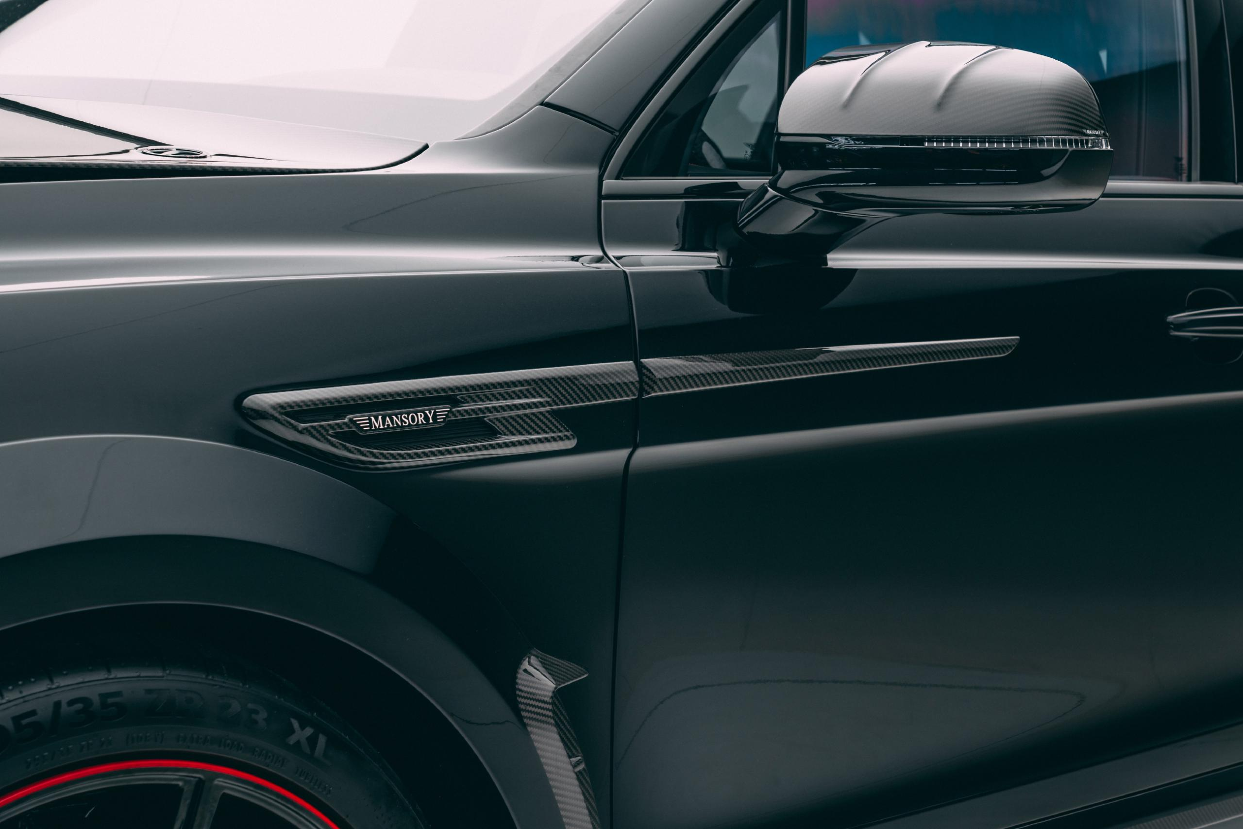 mansory new bentayga wide body kit carbon fiber side door strip 2021