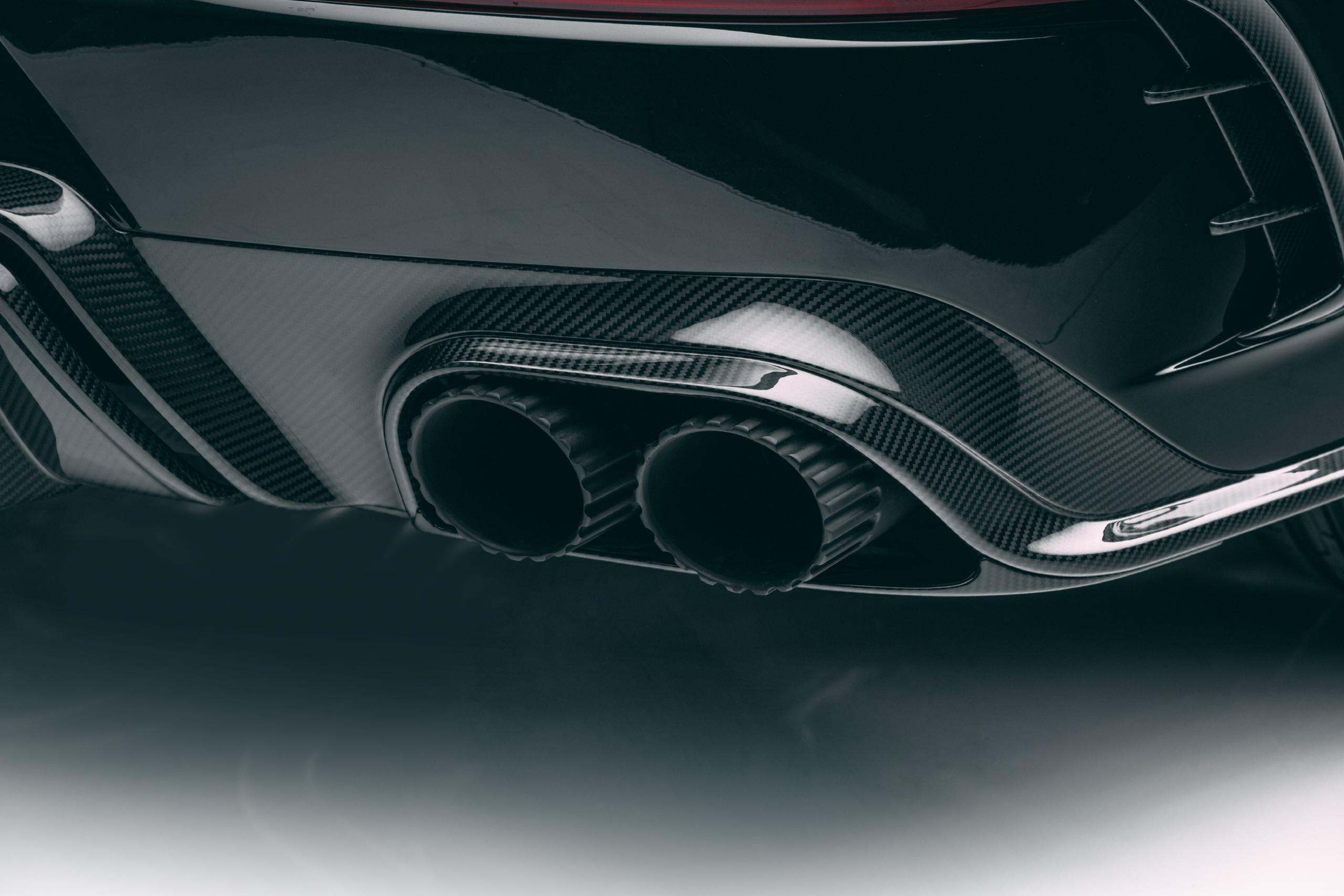 mansory new bentayga wide body kit carbon fiber diffuser exhaust tips 2021