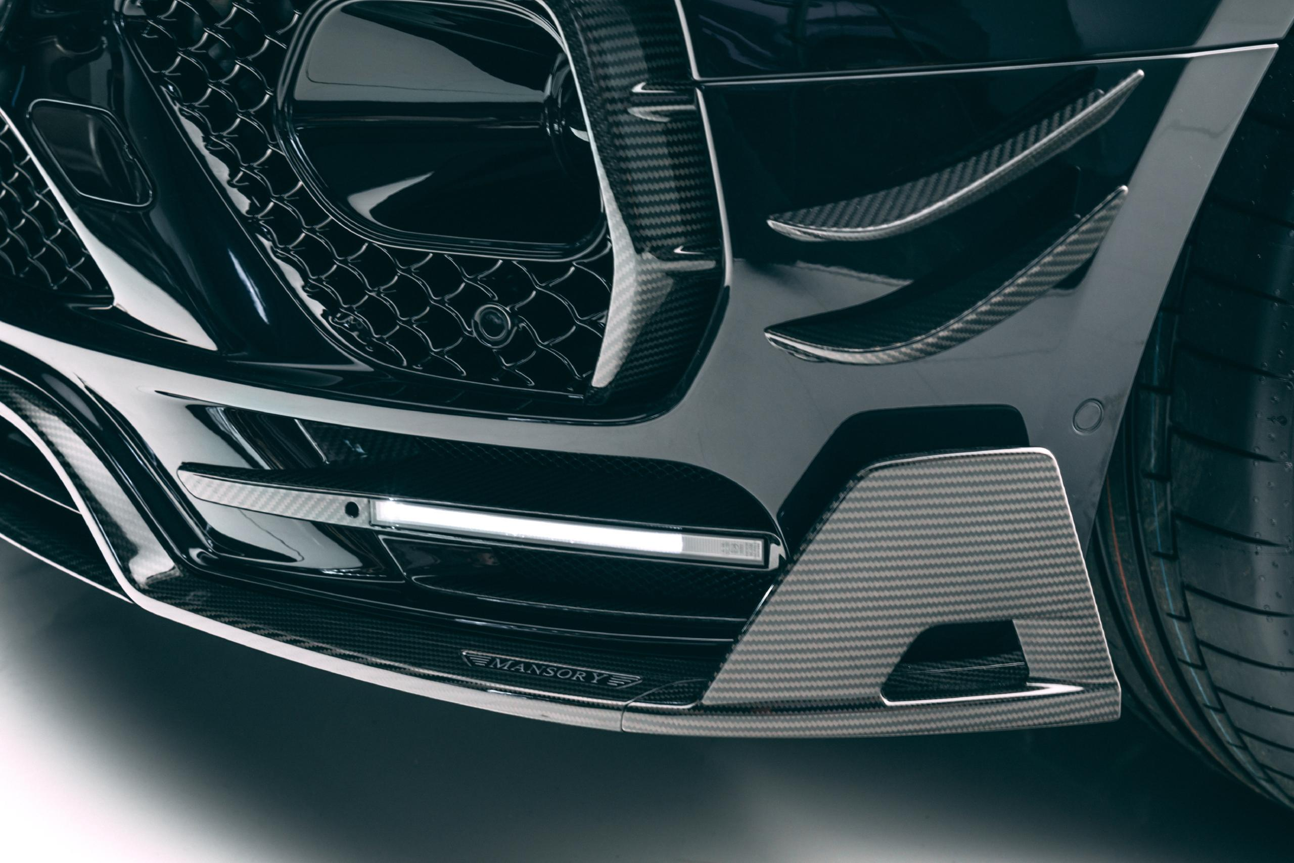 mansory new bentayga wide body kit carbon fiber front bumper led drl front lip spoiler 2021